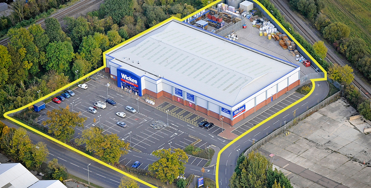 Bicester, Wickes Store